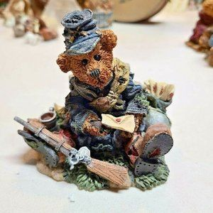 Boyds Bears Figurine Union Jack, Love Letters Civi